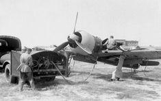 IAR 80 refueling.