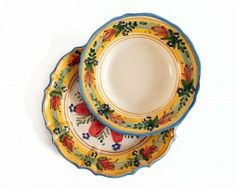 A elegant italian dinnerware for your exclusive table.