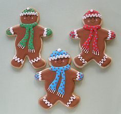 Cookie Decorating Tutorial 2  http://baking911.com/cookies/crafty-baker/cookie-decorating-tutorial-2