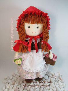 Little red riding hood (felt doll)