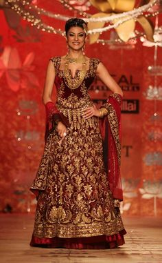 Shushmita for avza wedding jwellery