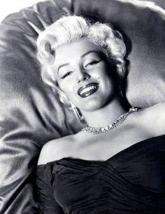 off the shoulder Marilyn Monroe