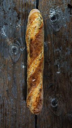 Sourdough Bread, Bread Recipes, Diet Recipes, Baguette, All You Need Is, Former, Croissants, Bagels, Golden Brown