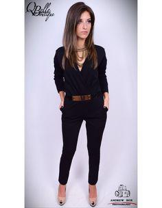 Salopeta neagra cu pantalon lung Capri Pants, Fashion, Capri Trousers, Moda, Fashion Styles, Fashion Illustrations