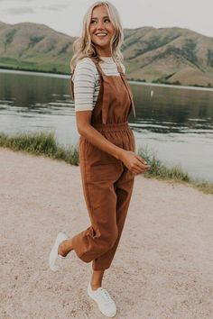 Style Outfits, Mode Outfits, Cute Casual Outfits, Fall Outfits, Fashion Outfits, Spring Outfits For Teen Girls, Cute Overall Outfits, Modest Summer Outfits, Casual Goth