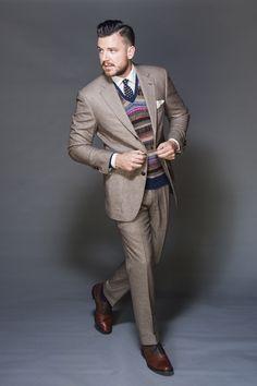 Chouette couleur pour Ariste Style Homme, Chemise De Manchette Française,  Costume À Fines Rayures ecb18757c3a