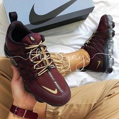 Casual shoes, drew shoes, mens fashion shoes, sneakers fashion, sneaker g. Nike Air Shoes, Nike Shoes Outlet, Sneakers Nike, Drew Shoes, Me Too Shoes, Mens Fashion Shoes, Sneakers Fashion, Nike Air Force, Nike Air Max