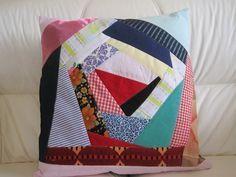 Crazy Quilting, Crazy Patchwork, Identity Fraud, Patchwork Tutorial, Foundation Paper Piecing, Quilt Making, Wall Design, Hand Sewing, Quilt Patterns