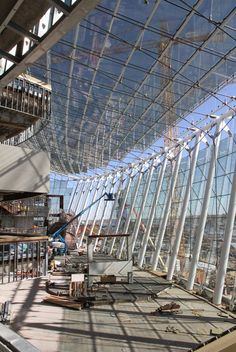 Construction of the new Kauffman Center for Performing Arts, designed by Moshe Safdie