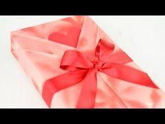 Tutorial: Envoltorio de regalo para caballero. Gift wrapping for men - YouTube.