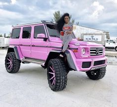 18 best Ideas girly luxury cars life Our desire for Jeeps begun back when Pink Jeep, Ford, Mercedes G Wagon, Mercedes 2018, Mercedes Maybach, Ft Tumblr, Girly Car, Lux Cars, Pretty Cars