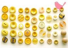 Vintage buttons  assorted yellow buttons by misspinkrobin on Etsy, $3.50