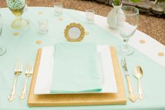 Mod Glam Wedding Inspiration: Mint Green and Gold - Creative and Fun Wedding Ideas Made Simple Mint Gold Weddings, Wedding Mint Green, Orange Weddings, Table Setting Inspiration, Wedding Inspiration, Wedding Ideas, Wedding Decorations, Quinceanera Decorations, Stage Decorations