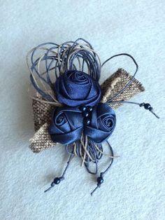 Брошь 'Элегия' в интернет-магазине на Ярмарке Мастеров. Текстильная брошь. Украсит жакет, пальто или палантин. Прекрасно смотрится на платье. Придаёт образу шарм и элегантность.