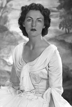 """Deborah, the Dowager Duchess of Devonshire, shown here in her 20's, was one of the Mitford sisters, the """"it"""" girls of the day."""