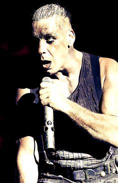 URFS Till Lindemann - http://urfstilllindemann.tumblr.com/post/74061291162