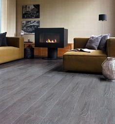 Pisos laminados de alta especificación DIVANO. www.divano.com.co Grey Laminate Flooring, Grey Wood Floors, Timber Flooring, Floor Design, House Design, Living Room Designs, Living Room Decor, Interior Paint Colors, Luxury Living