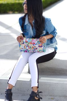 Love this Clutch!! Details on the blog :)