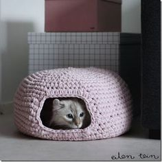 cat bed crochet patterns