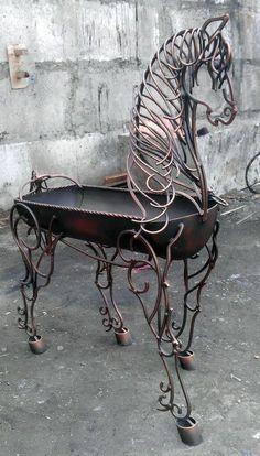 Individualistic visited diy welding projects ideas check this Welding Art Projects, Metal Art Projects, Metal Crafts, Diy Projects, Metal Yard Art, Scrap Metal Art, Welded Metal Art, Art Fer, Metal Welding