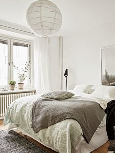 A home for a mid-week touch of calm. Stadshem. Janne Olander / Emma Fisher.