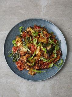 Aubergine parmigiana with crispy breadcrumbs - Jamie Oliver Tasty Vegetarian Recipes, Vegetable Recipes, Curry Recipes, Healthy Recipes, Cooking Tips, Cooking Recipes, Bread Recipes, Bread Crumbs, Healthy Nutrition