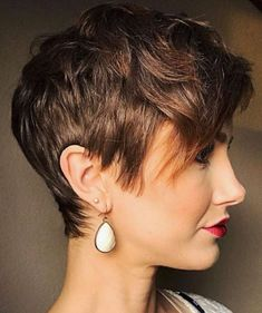 Marvelous Short Hairstyle 2018 – 169 The post Short Hairstyle 2018 – appeared first on Emmy's Designs . Haircut Styles For Women, Short Haircut Styles, Cute Short Haircuts, Hair Styles, Short Feminine Haircuts, Short Sassy Hair, How To Curl Short Hair, Short Hair Cuts For Women, Short Cuts
