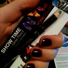 NYC show time glitter eyeliner @Influenster @NYC New York Color