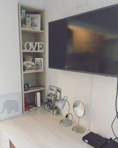 Mary's Fashion Diary: My home Flat Screen, Home, Ad Home, Flatscreen, Homes, Houses, Haus