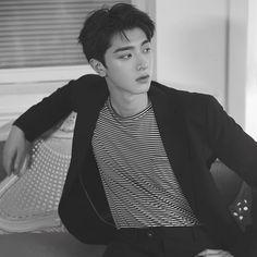林一 (@linyi_99) • Ảnh và video trên Instagram Chinese Model, Chinese Boy, Asian Boys, Asian Men, Medium Tv Series, Love 020, My Handsome Man, Korean Boys Ulzzang, Romance