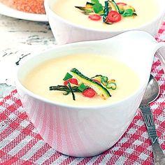 REȚETE: Supe-cremă de legume, o minune! Supe, Panna Cotta, Ethnic Recipes, Food, Dulce De Leche, Essen, Meals, Yemek, Eten