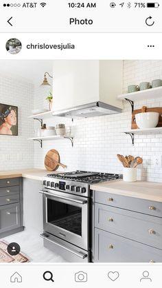 @chrislovesjulia   Love this kitchen backsplash