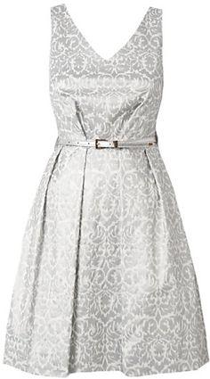 Pin for Later: Soyez la plus chic sans vous ruiner aux mariages auxquels vous êtes conviée cet été !  Closet metallic flock v-neck dress (£42)