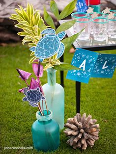 Sea Turtle Destination Party decorations by paper and cake Summer Party Decorations, Birthday Party Decorations, Party Themes, Party Ideas, Turtle Decorations, Turtle Birthday Parties, Turtle Party, 7th Birthday, Under The Sea Party