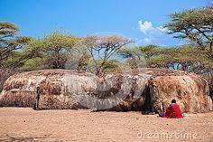 Imagen de http://thumbs.dreamstime.com/x/maasai-huts-their-village-tanzania-africa-28557216.jpg.