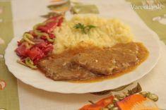 Bravčové plátky na karí - recept | Varecha.sk Czech Recipes, Russian Recipes, Ethnic Recipes, Snack Recipes, Cooking Recipes, Snacks, Curry, Goulash, Stew