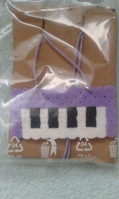 Klavír fialový