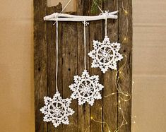 Christmas decoration - snowflakes mobile - Christmas home decor - snowflake and wood ornament for home