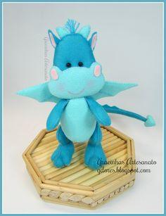 Felt dragon handmade by Gracinhas Artesanato