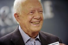 Jimmy Carter Reveals Brain Cancer, Begins Treatment Today - http://www.thelivefeeds.com/jimmy-carter-reveals-brain-cancer-begins-treatment-today/