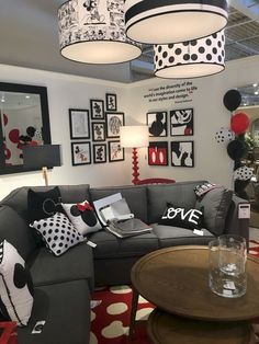 Theme of Mickey Mouse? By Ethan Allen You are in the right place about tasteful Disney Home De Disney Kids Rooms, Disney Themed Rooms, Disney Bedrooms, Disney Playroom, Playroom Decor, Office Decor, Cozinha Do Mickey Mouse, Mickey Mouse House, Mickey Mouse Kitchen