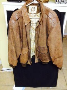 Beautiful vintage Glll leather bomber jacket  by BatmansShop, $36.00