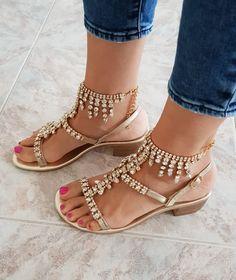 f08dcbde485fe5 35 fantastiche immagini su Sandali gioiello - Italian Luxury Sandals ...