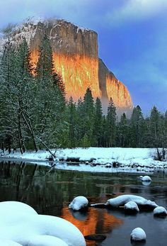 ✮ Sunset on El Capitan - Yosemite National Park ... Would enjoy revisiting beautiful Yosemite.