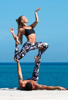 Acro yoga with printed Liquido Active leggings Couples Yoga Poses, Acro Yoga Poses, Yoga Poses For Two, Partner Yoga Poses, Yoga Poses For Beginners, Yoga For Two People, Beautiful Yoga Poses, Namaste, Yoga Teacher Training