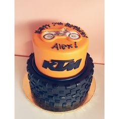 Dirt Bike Cake by 2tarts Bakery / New Braunfels, Texas / www.2tarts.com
