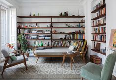 those shelves + that seating...