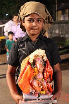One and half day Ganesh Visarjan | Humans Of Mumbai  Best viewed at : Web  : https://www.humanofmumbai.com/ Facebook : https://www.facebook.com/humansofmumbais