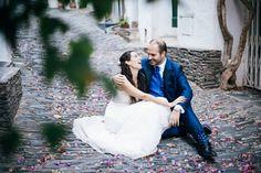 Hoy recordamos el enlace de Eli y de Ricardo. Él vistió su día con Trajes Señor  📷 Mon amour by Mònica Vidal #bride #groom #wedding #weddings #bodas #novio #traje #boda #diciembre #suits #suitup #suit #bridestyle #groomstyle #happynewyear #newyear