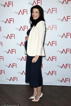 jessica pare pregnant